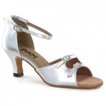 Silver Patent Leather Sandal with Width-Adjusted Buckle LS162013