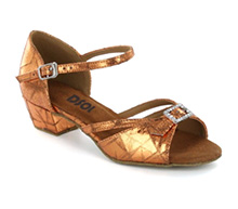 Gold Patent Sandal with Width-Adjusted Buckle LS172007